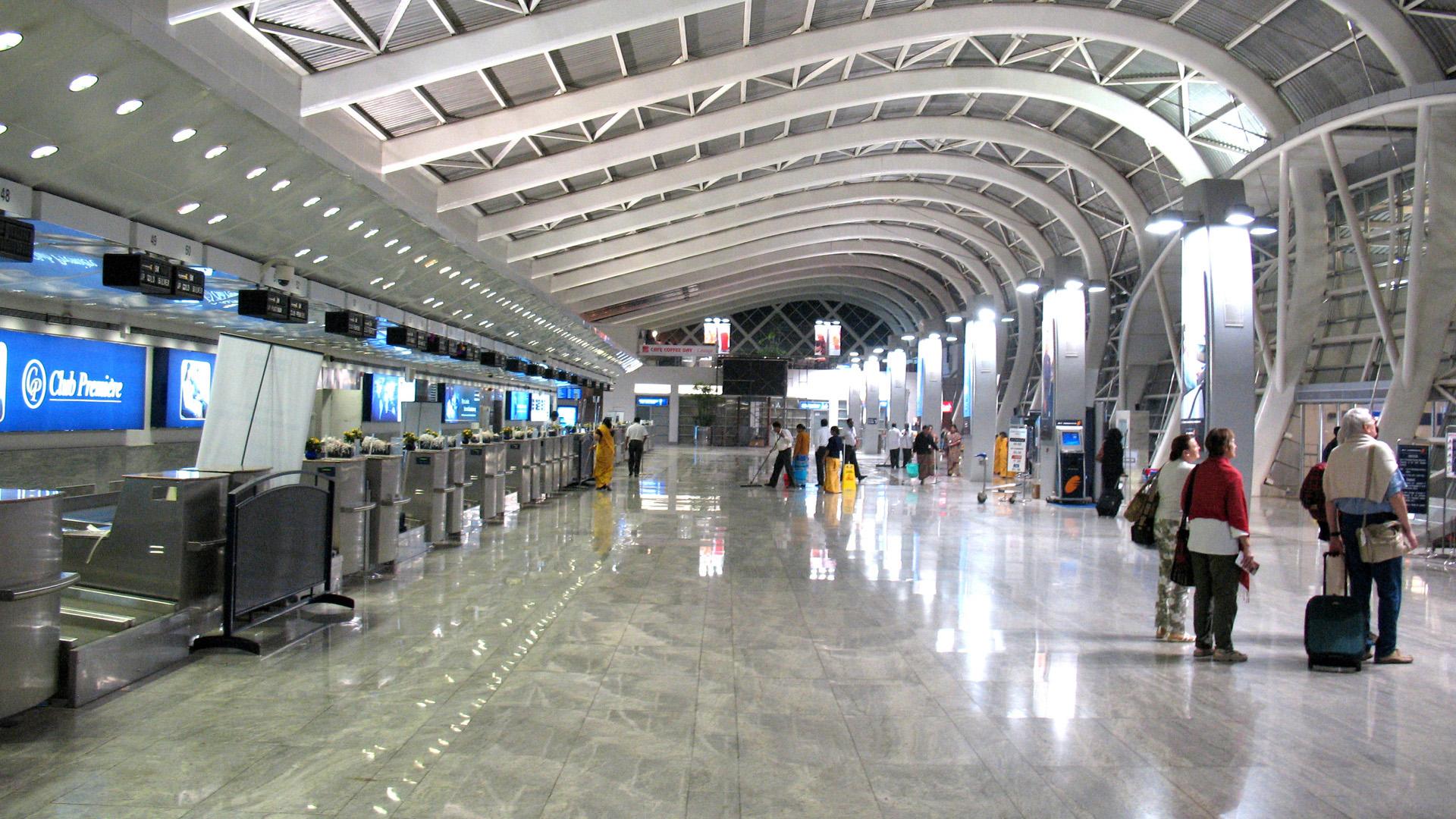 Dubai Airport terminal   map